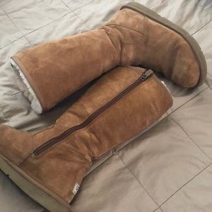 Ugg Boots(brown)